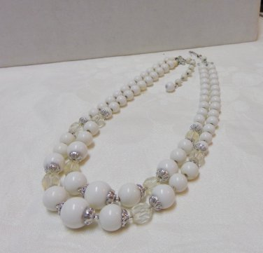 White and clear 2 strand necklace plastic beads made Japan vintage ll3306