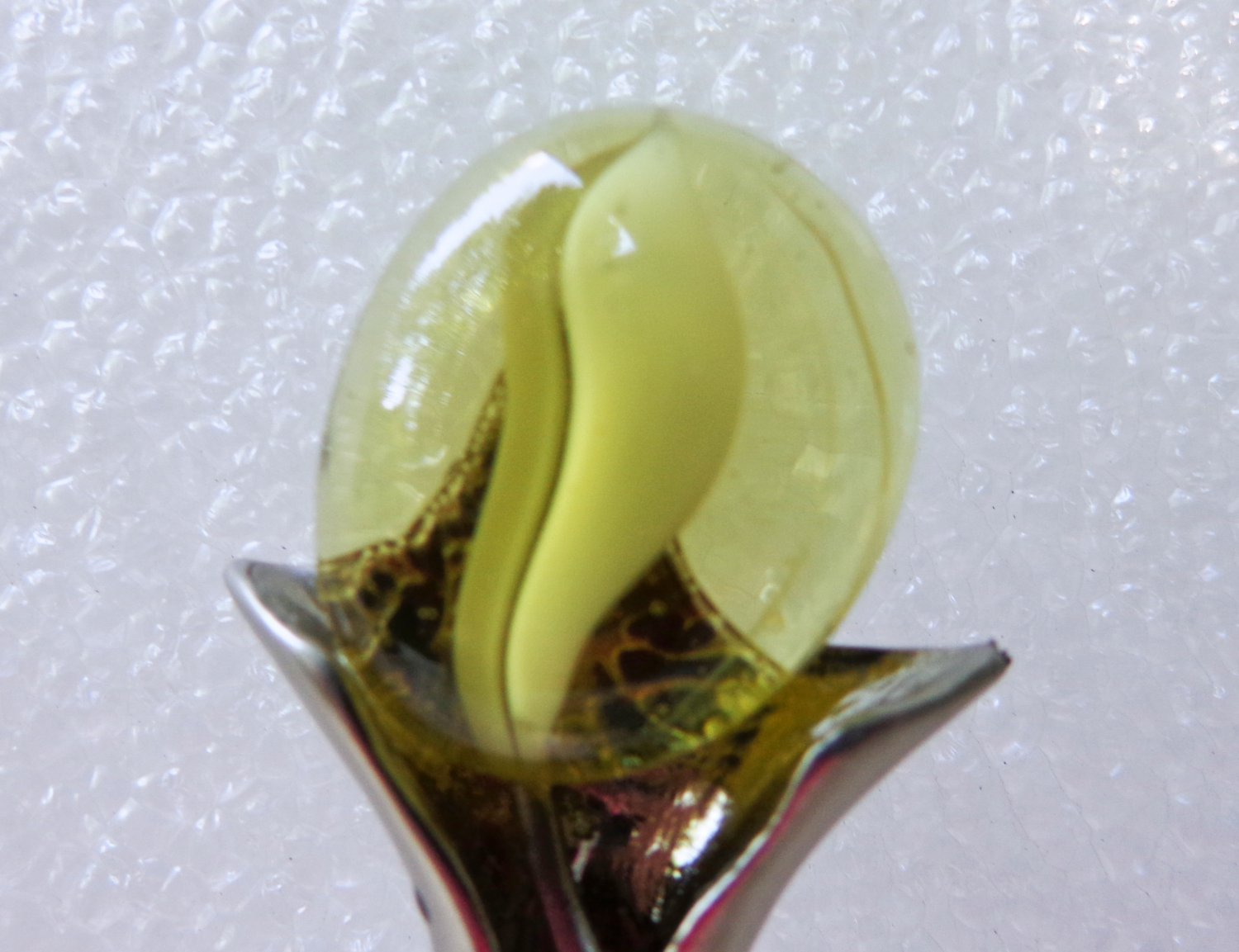 Acrylic and metal flower pin jack in the pulpit vintage ll3358