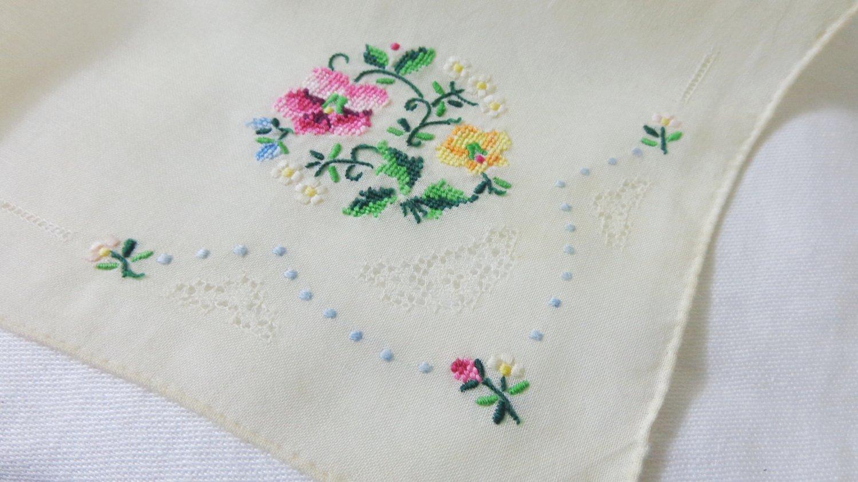 Handmade linen handkerchief petitpoint embroidery threadwork rolled hem white vintage ll3383