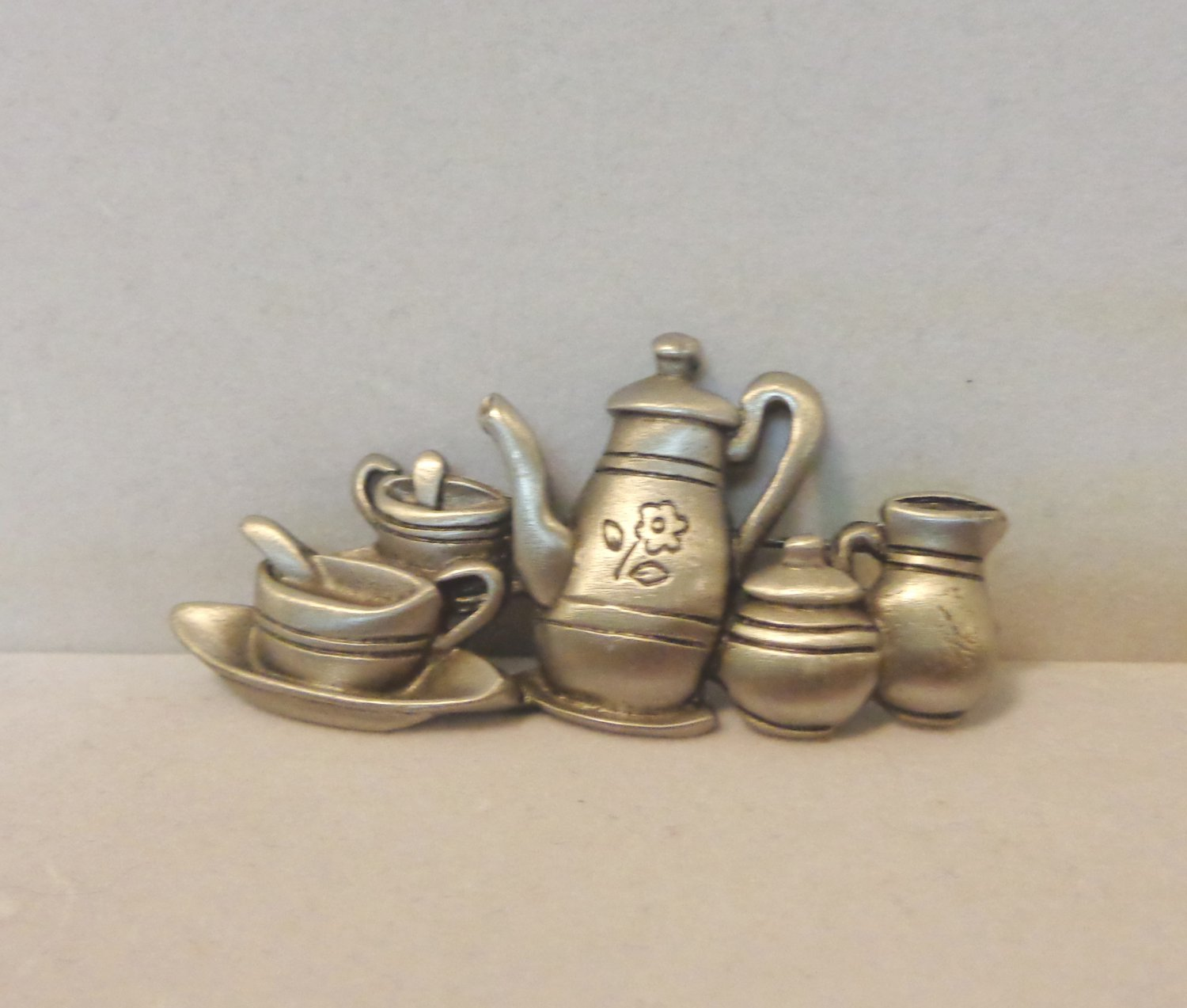 Coffee or tea for two JJ vintage brooch pin pewter ll3407
