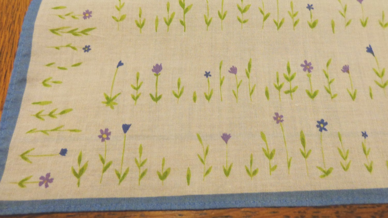 Cotton scarf, hanky bandanna violets floral vintage 18 inches Atsuki Onishi ll3502