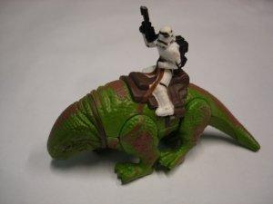 Used Star Wars Dewback & Sandtrooper Stormtrooper  plastic metal figure