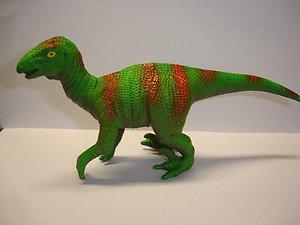 """Used 4"""" tall plastic Velociraptors dinosaur figurine figure"""