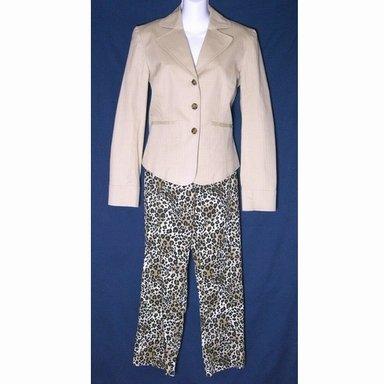 NEW KENAR Leopard Safari Capri Outfit ($126 Retail)- Size 8