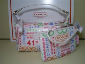 COACH LAMINATED BANDANA PURSE & WRISTLET 8815/40508 NEW WITH TAG