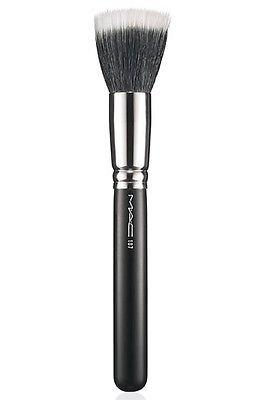 MAC Cosmetics 187 Duo Fibre Face Brush