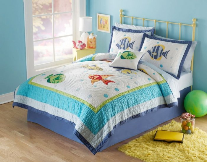 Fish quilt bedding set in twin and full queen with sea theme for Fishing bedding sets