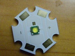 CREE XP-G R5 139Lm@350mA, 493Lm@1500mA with 20mm MCPCB
