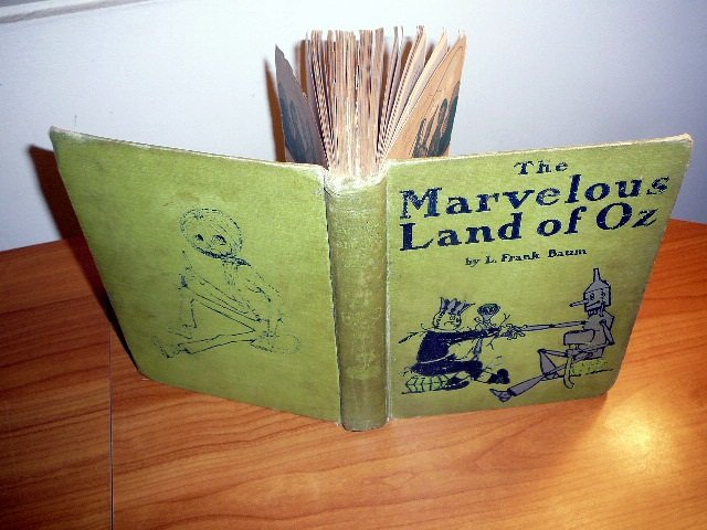 Marvelous Land of Oz. 1st edition 2nd state. Printed in July 1904 by Reilly & Britton