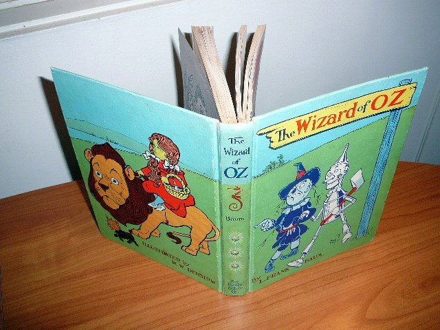 The Wizard of Oz. Blue color edition by Reilly & Lee.