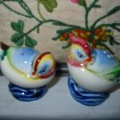Hen And Rooster ?  Salt And Pepper Shakers Vintage