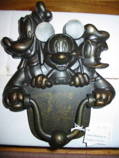 Disney Door Knocker Mickey Mouse Goofy Donald Duck In Original Box