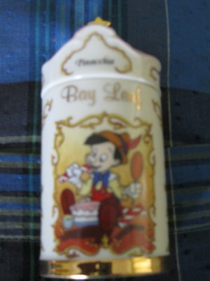 Awesome Disney Pinocchio Bay Leaf Spice Jar Lenox 1995 Collection