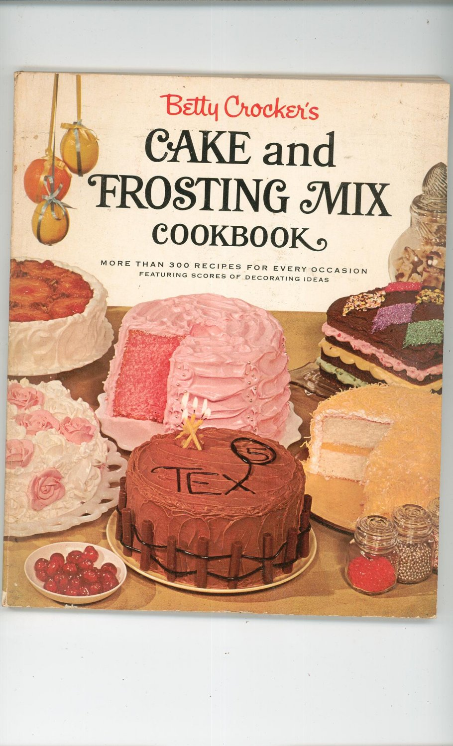 Betty Crocker's Cake and Frosting Mix Cookbook Vintage First Edition 1966