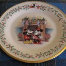Lenox Disney Under The Mistletoe  Collector Plate Mickey and Minnie