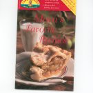 Mom's Favorite Recipes Cookbook By Land O Lakes #56 1999