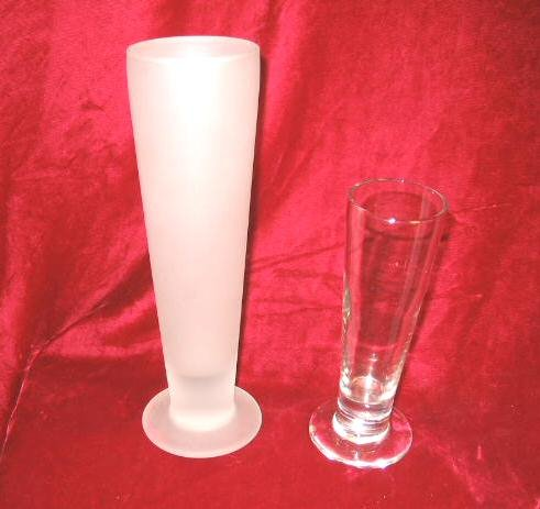 2 Tall Cocktail Glass Frosted Mixed Drinks Pilslner