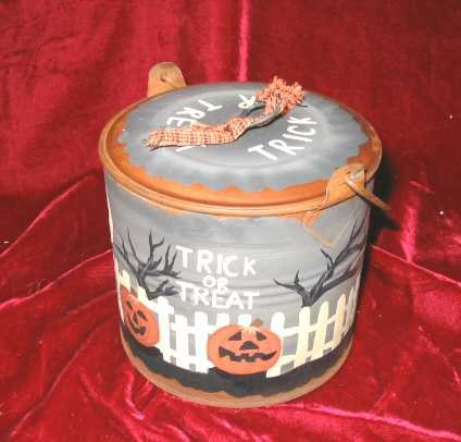 New Halloween Tin Jar Fall w/lid Pumpkin Candies Pale