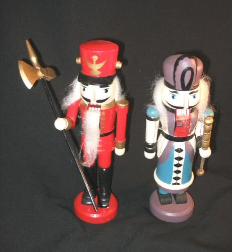 "Pair of Hand Painted 10"" Wooden Nutcrackers Soldiers"