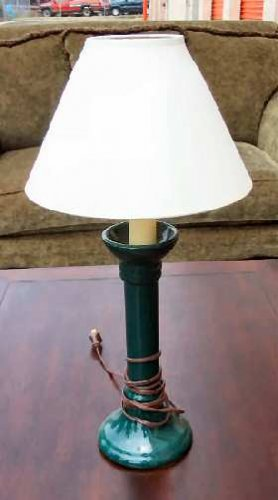Nice Cute Green Table Ceramic Lamp with Shade
