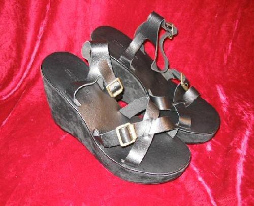 NEW Colin Stuart Black Leather Platform Shoes Sandals 9M