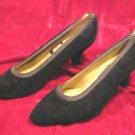 WOMENS NINA BLACK VELVET SHOES PUMPS HEELS 8 M