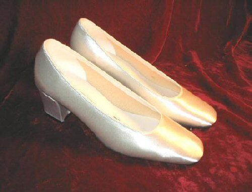 NEW Highlights Dyeable White Satin Shoes Pumps Heels 7""