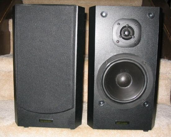 2 Techwood SAT62 2-way Bookshelf Speakers Black Stereo