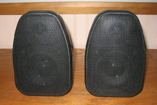2 Techwood S8R Rear Surround Speakers Black Stereo