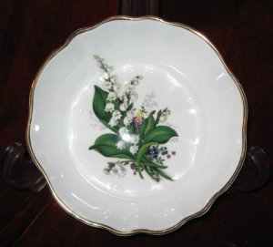 Fine Bone China Porcelain Floral Bowl Canada Gold Rim