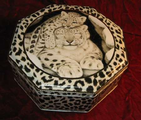 Collectible White Tiger Cub Prints Octagon Tin Box
