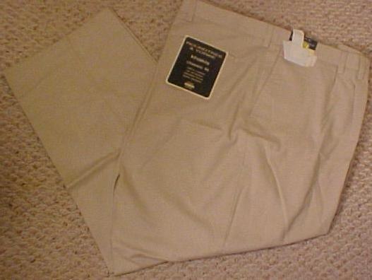 Big Mens Roundtree & Yorke Khaki Pants Size 54 X 32 915121