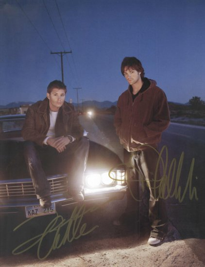 SUPERNATURAL TV SHOW - DOUBLE HANDSIGNED COLOR PHOTO !!!