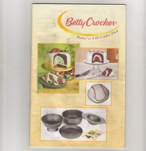 Betty Crocker Bake'n Fill Cake Pan user booklet with directions and cake recipes   s1741