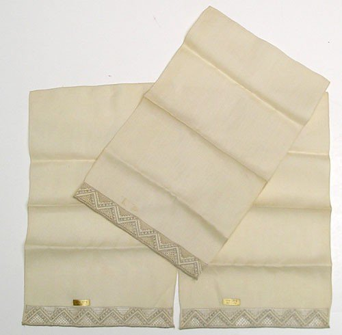 Vintage Linens, Collectible Napkins, Hand Embroidered, Ecru Beige, 1960's, Napkins set.