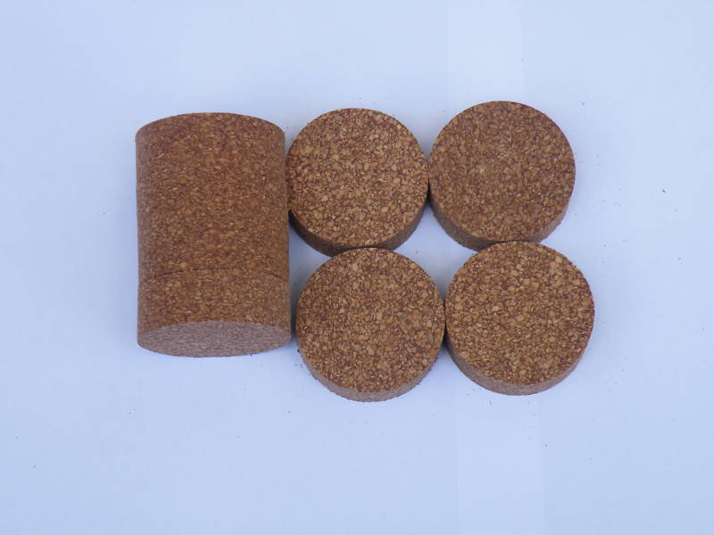 "8 RUBBERIZED CORK RINGS 11/2""X1/2"" NO  BORE RED"
