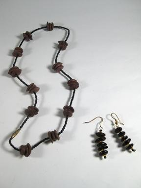 Esolo seeds necklace and matching earrings.