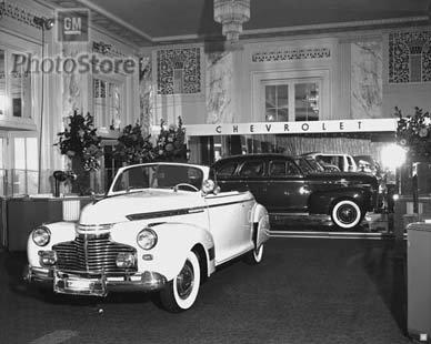 1941-1948 Chevrolet Back Window Glass  4115683