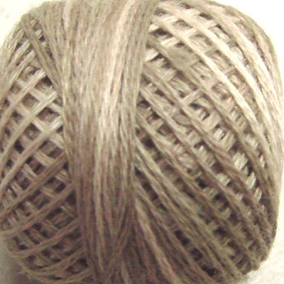 P4 Aged White (light) size 12 Overdyed Pearl Cotton Valdani Vintage Hues  q6