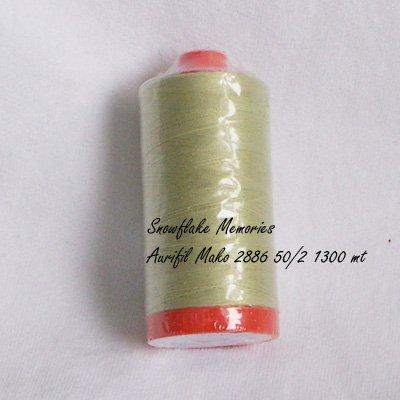 Aurifil 2886 Pistachio cotton thread 50 wt 1300 meter q1