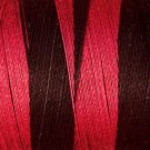 M48 - Red Eclipse - 35wt - 500m - Valdani Variegated Thread q2