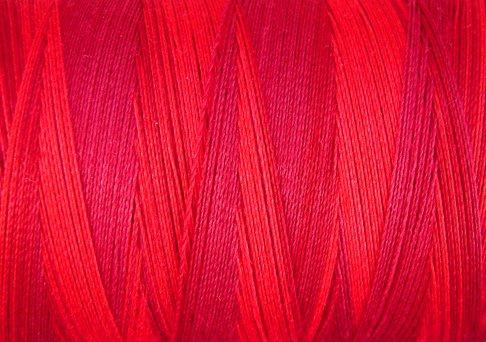 M43 - Vibrant Reds - 35wt - 500m - Valdani Variegated Thread q1