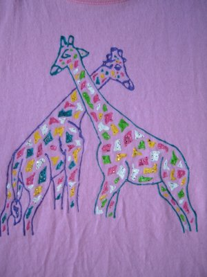 Giraffes: cross neck (small-corner)