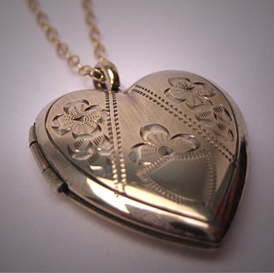 Antique Gold Locket Engraved Heart Vintage Victorian