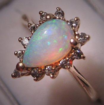 Vintage Australian Opal Diamond Ring 14K Gold Estate 7
