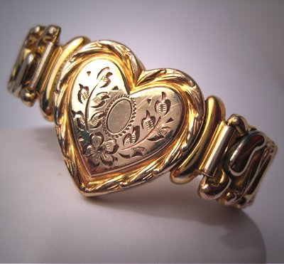 Vintage Sweetheart Bracelet Antique Heart