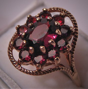 Vintage Garnet Ring English Gold Antique Bohemian