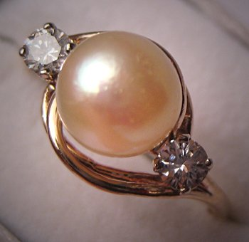 Vintage Peal Ring with Diamonds Retro Gold Estate