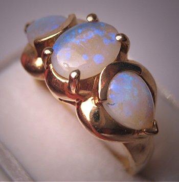 Estate Australian Opal Ring Gold Fine Vintage Jewelry