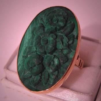 Antique Malachite Ring Victorian Signet in Gold Vintage 1870